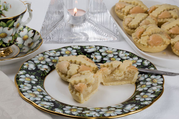 Almond tartlets, also known as Helena tartlets