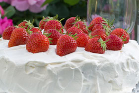 A finished Swedish style strawberry cream cake