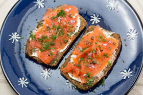 Danish rye bread with smoked salmon and capers