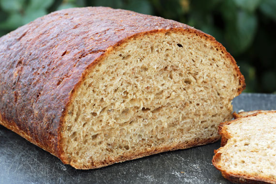 A Swedish style sirapslimpa (syrup loaf)