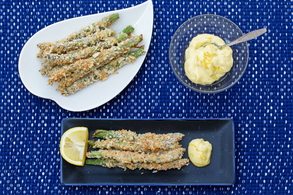 Crispy baked asparagus with homemade lemony mayonnaise