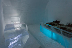 Ice-Hotel-our-room-0118-cop
