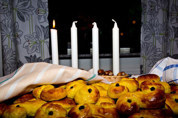 Saffron buns and the first of four Advent candles lit