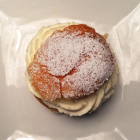 A semla on a plate